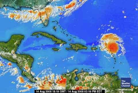 onde tropicale en approche 14-08-2008 à 14 h 19