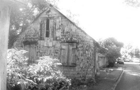 Photo 4. Une maison couverte d'essentes