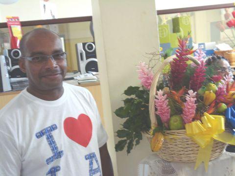 Christian COPAVER, directeur de la Poste de BOUILLANTE. Photo Atout Guadeloupe