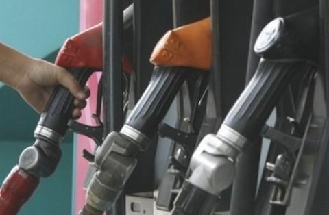Victorin Lurel s'insurge, après le rapport sur les carburants