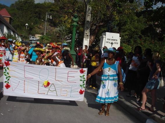 Le carnaval des écoles de Bouillante en vidéo