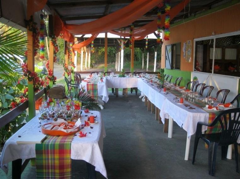 Restaurant de bord de mer Chez Chantal en Guadeloupe à Bouillante