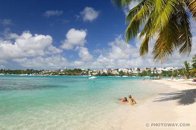 Réservez une location en Grande Terre : plage et lagon