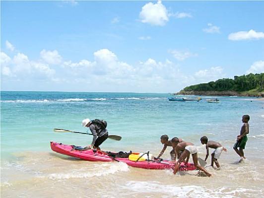 Guadeloupe-pousse-pousse