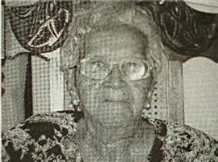 mamie a 100 ans, la commune de Bouillante est fière