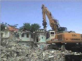 Destruction de l'ancienne prison de Pointe à Pitre