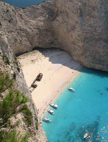 Navagio, grece, selectionnée la plus belle plage de rêve