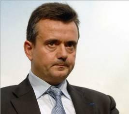 Yves JEGO, nouveau secrétaire d' Etat à l' Outre - Mer