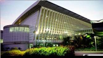 Nouvel aéroport ''Pol Caraïbe' inauguré en 1996.