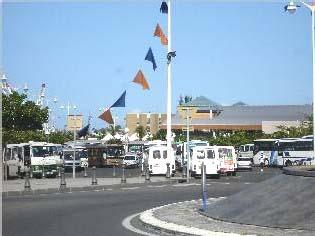 Gare des bus à Basse-Terre. Photo Atout Guadeloupe