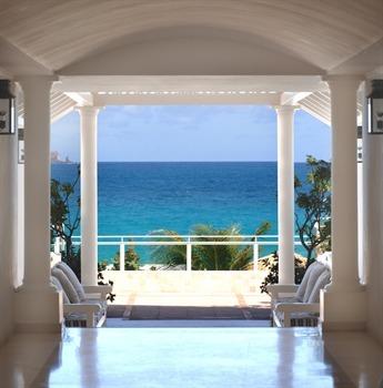 L' hotel en Guadeloupe, votre fenêtre sur la mer des Caraibes