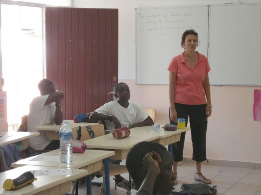Christiane DREVON, professeur d'école, interrogeant les enfants sur l'exposition.