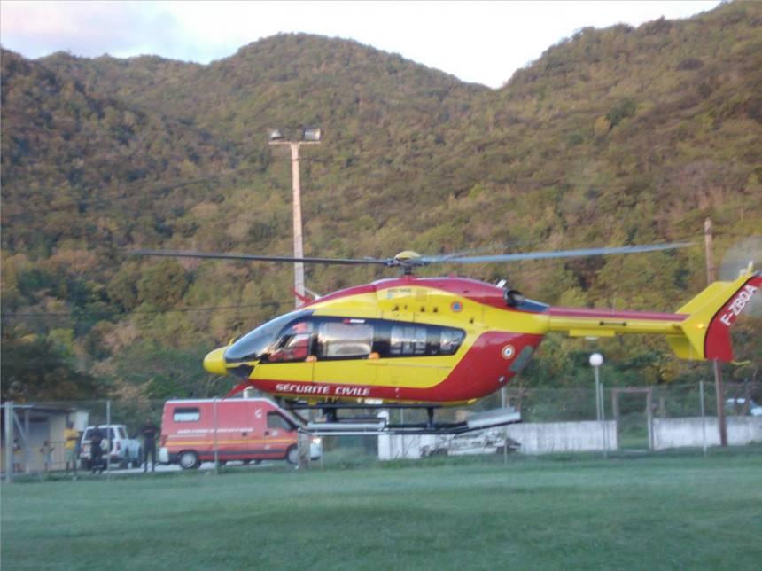 Hélicoptère de la Sécurité Civile. Photo Atout-Guadeloupe