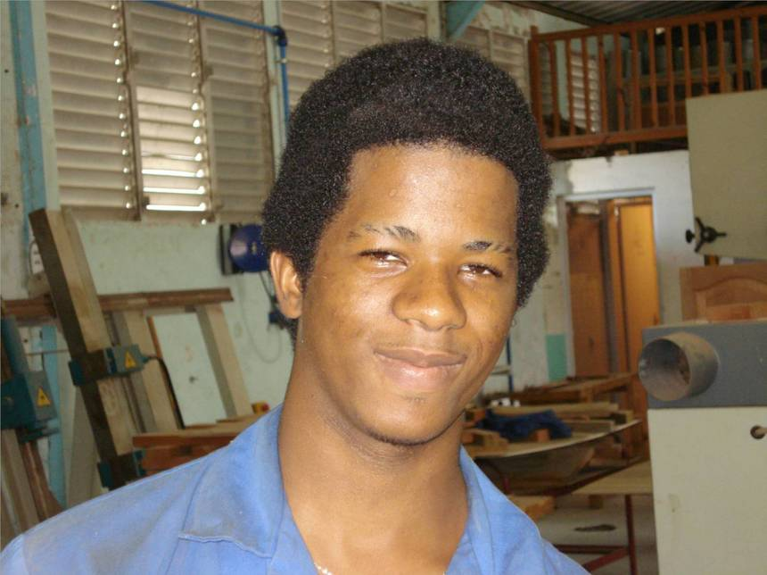 LUDOVIC,première année menuiserie. Photo Atout-Guadeloupe.