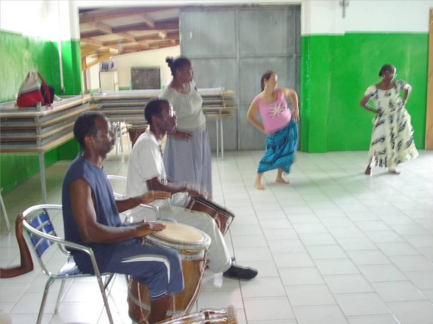 Les déhanchements, figures essentielles aux danses du Lewoz. Photo Atout-guadeloupe