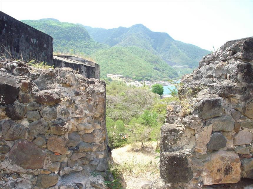 Ouverture sur le HOUELMONT. Photo Atout-Guadeloupe