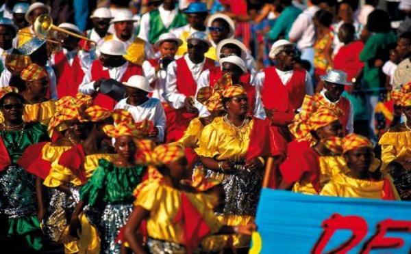 Carnaval Guadeloupe : louez une villa aux couleurs Caraïbes