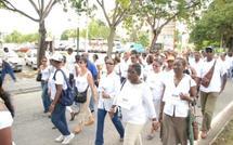 La vie reprend son cours petit à petit en Guadeloupe