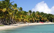 Distribution de cadeaux de Noël en Guadeloupe