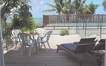 Location de Guadeloupe avec vue sur mer, piscine et plage privée