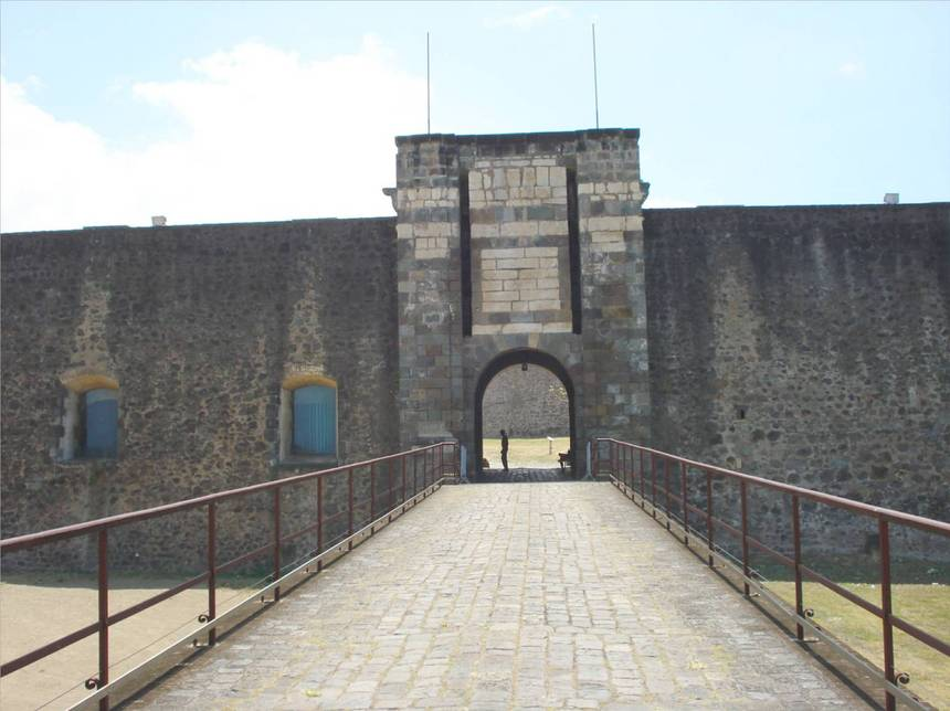 La poterne du fort Louis DELGRES. Photo Atout-Guadeloupe